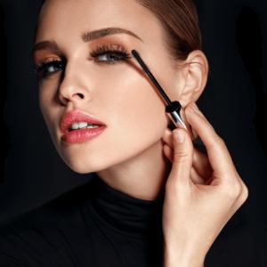 Cosmetic Lipstick Care